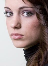 Λαμπερό δέρμα για πιο λαμπερό μακιγιάζ