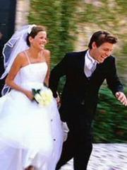 νιόπαντροι και πώς να αποφύγετε κλοπές τη μέρα του γάμου και όσο λείπετε ταξίδι