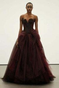 nifika 2013 vera wang Dahlia strapless ballgown