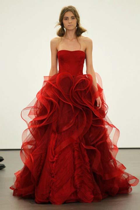 nifiko 2013 vera wang Scarlett strapless ballgown