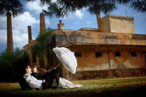 Φωτογράφηση γάμου με ομπρέλα