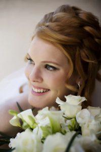 nyfiko xtenisma romantic wedding hairstyle
