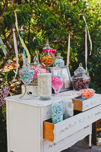 Wedding trends 2013 candy buffet sweets