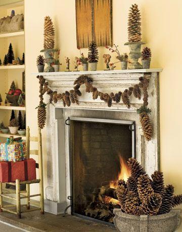 Χριστουγεννιάτικες γιρλάντες για το τζάκι