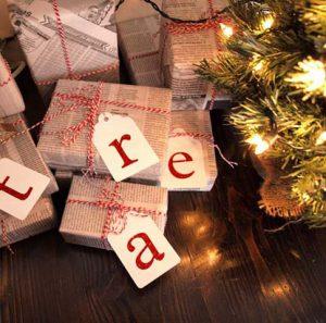 πρωτότυποι τρόποι για να τυλίγουμε τα δώρα
