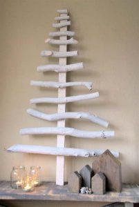 δέντρο από ξύλα για τα Χριστούγεννα