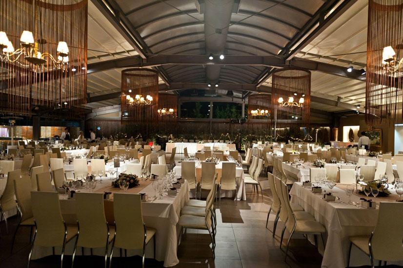 Χώρος Δεξιώσεων Anais Club στη Βαρυμπόμπη με υπέροχη αίθουσα και ανοιγόμενη οροφή