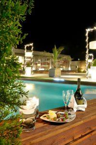 Αξέχαστες δεξιώσεις γάμου και βάπτισης στη Βαρυμπόμπη στο Anais Club