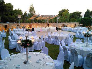 Δεξίωση γάμου έξω στο κτήμα Αριάδνη στον χώρο Φαιστός
