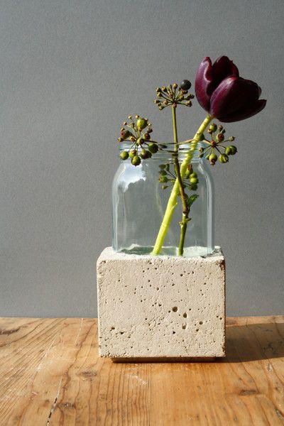 βάζο με τσιμέντο και γυαλί