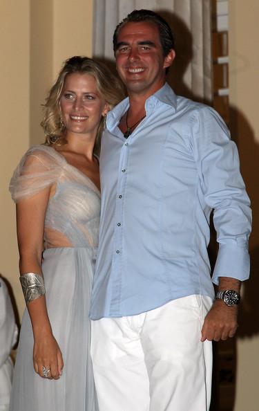 Στο πάρτυ πριν τον γάμο ο Νικόλαος και η Τατιάνα