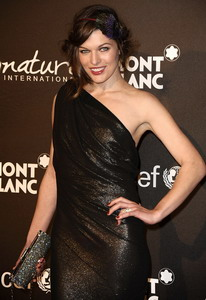 milla jovovich, Los Angeles, Unicef charity gala «Reverbere» bag
