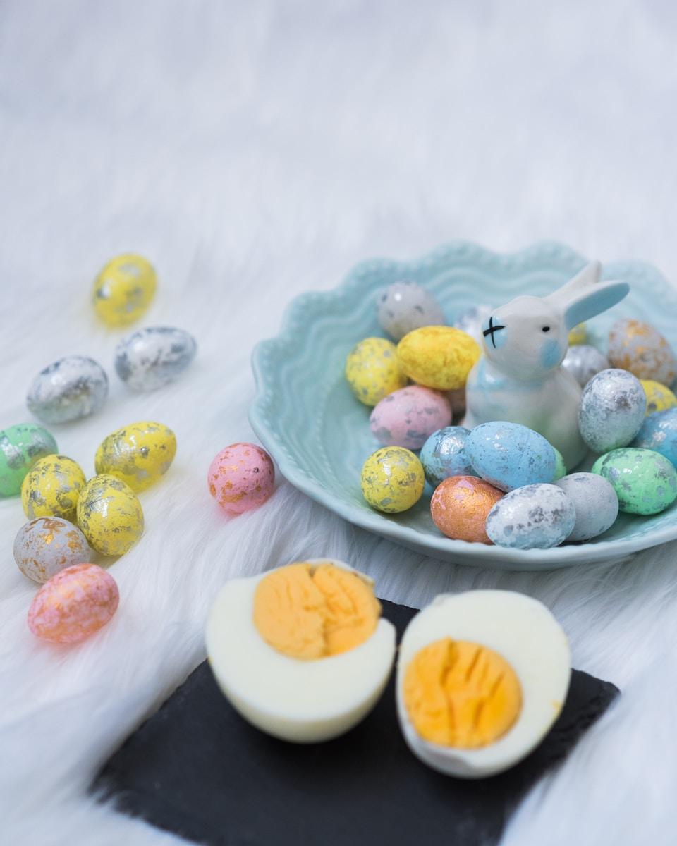 σαλάτα με βραστά αυγά του πάσχα