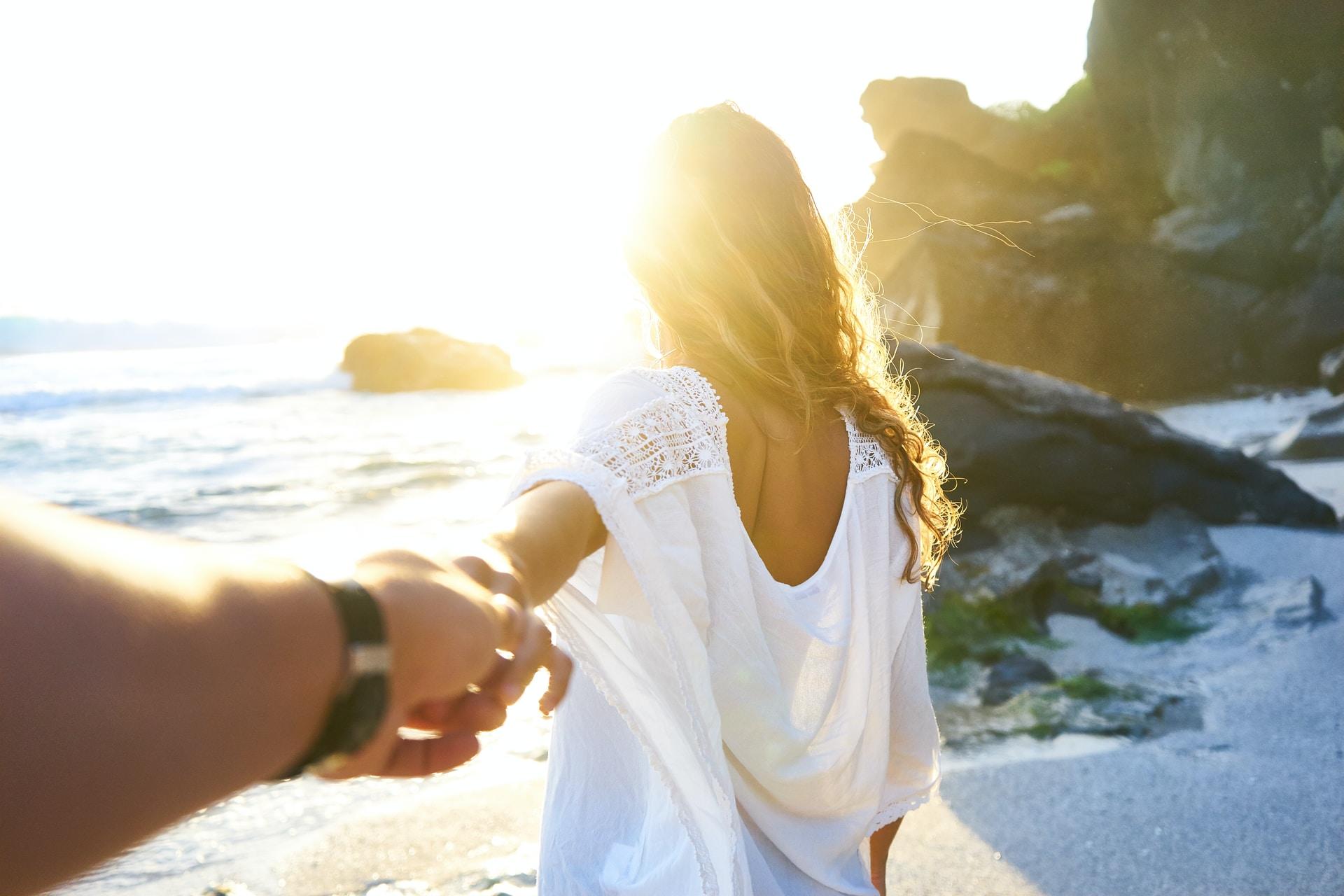 τα απαραίτητα για τις διακοπές με το σύντροφο