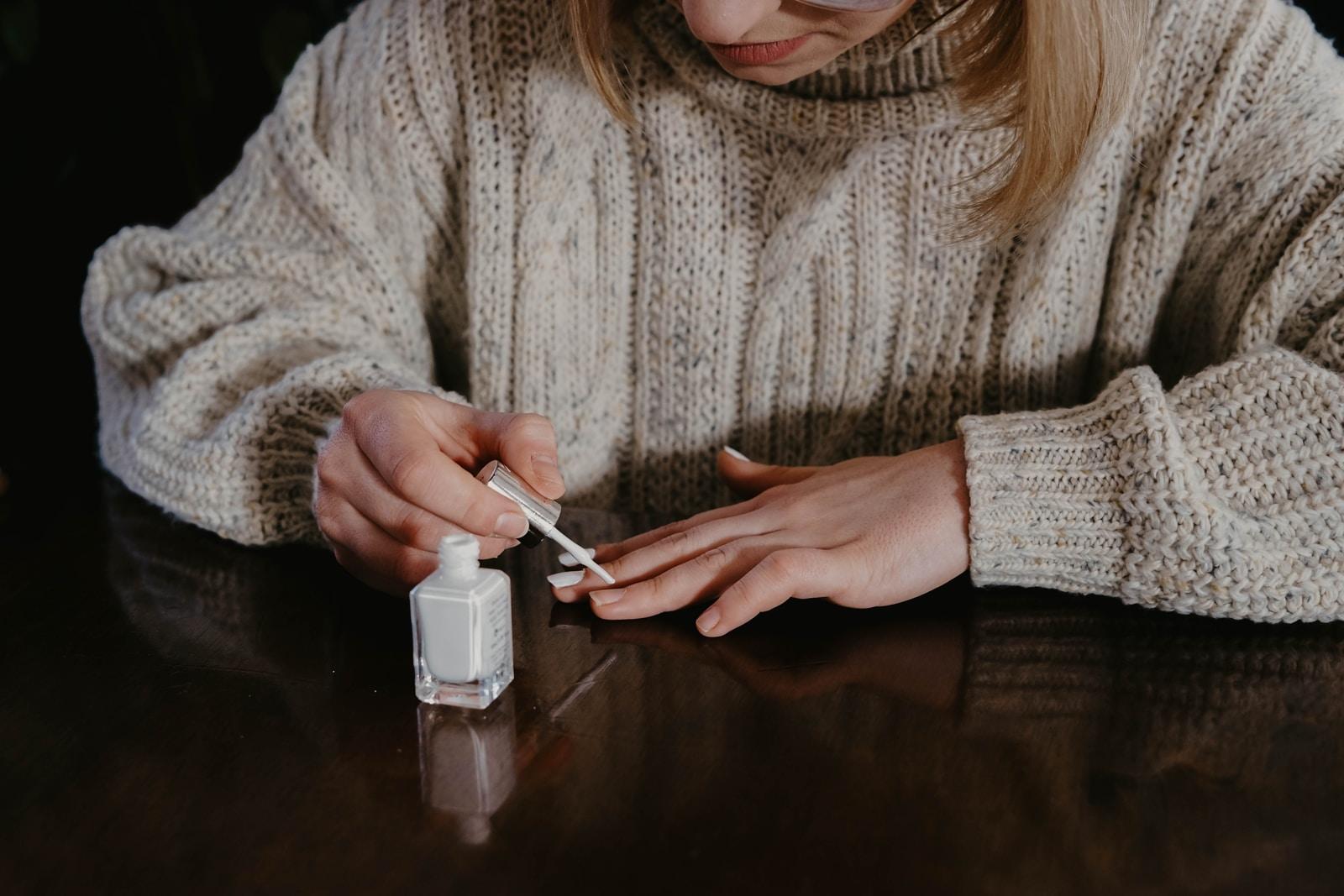 Γαλλικό manicure στο σπίτι