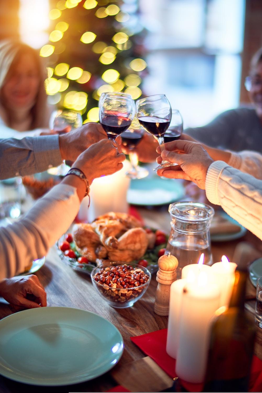 οικογενειακό τραπέζι τις γιορτές