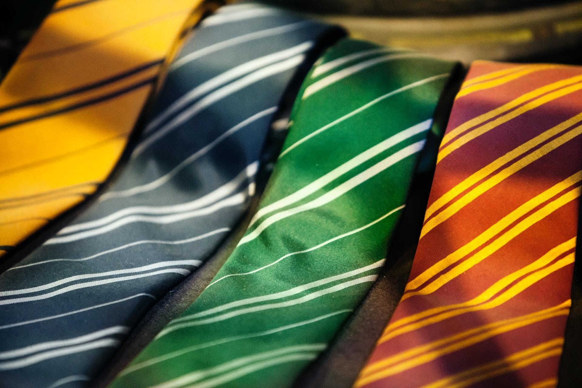 πως δένουμε μια γραβάτα