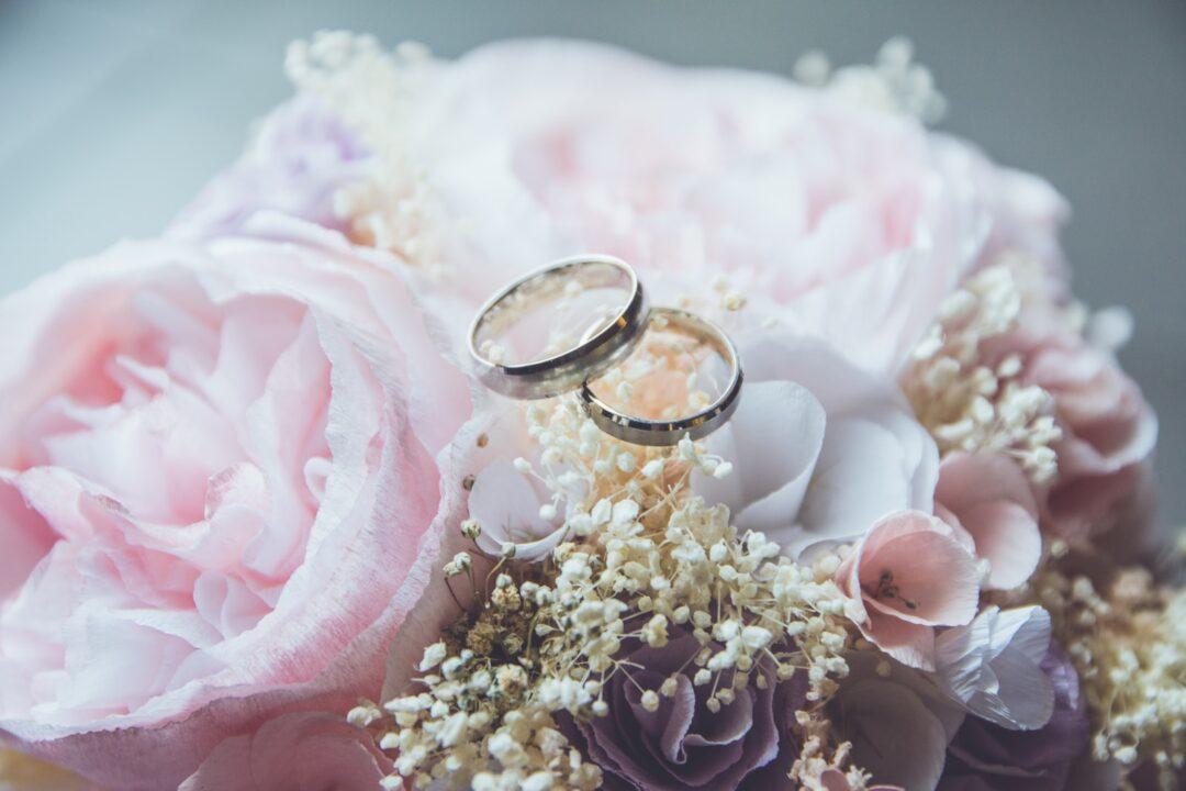 Γάμος και οικονομική κρίση - Αντιμετωπίστε τη