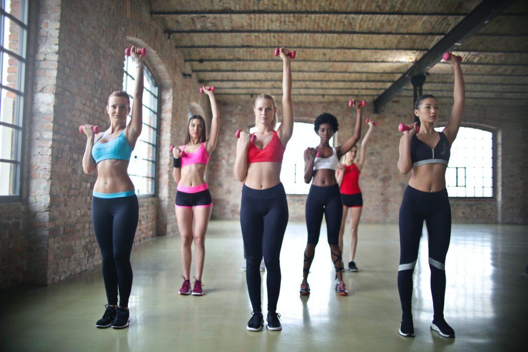 γυμναστική για όμορφες και λεπτές νύφες