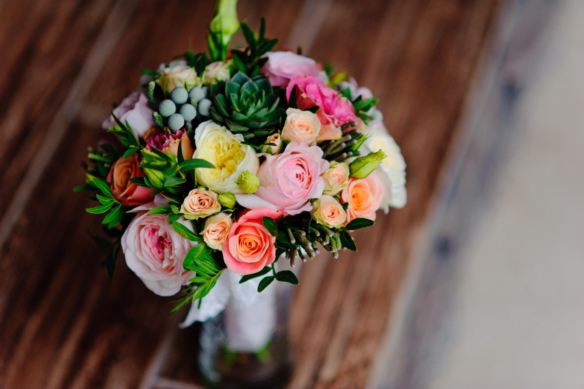 τριαντάφυλλα για την αγαπημένη σας