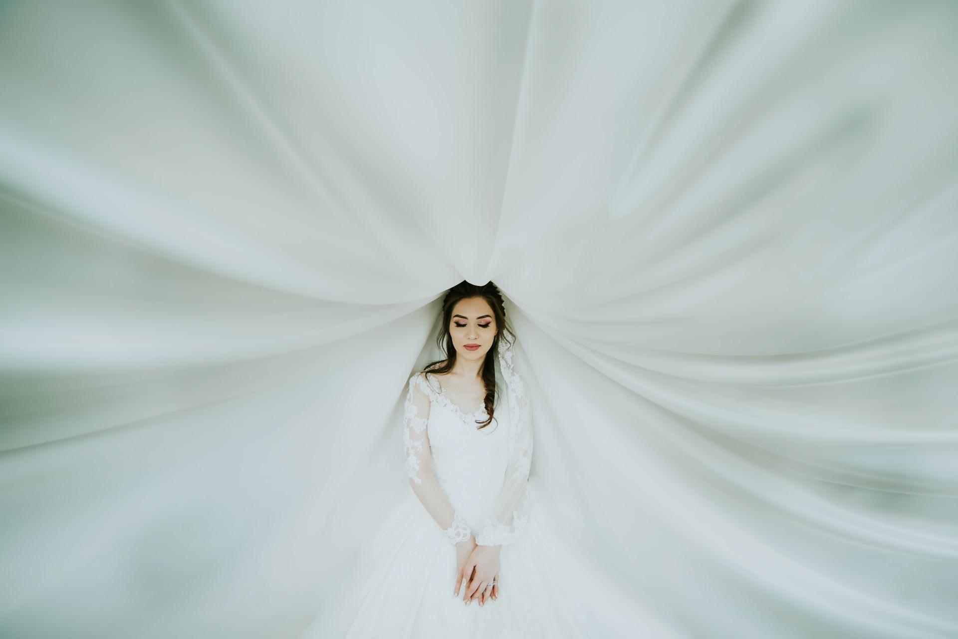το κατάλληλο πέπλο για το πρόσωπο της νύφης