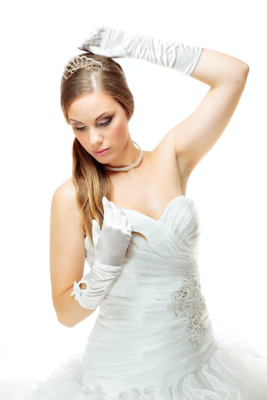 νύφη με γάντια