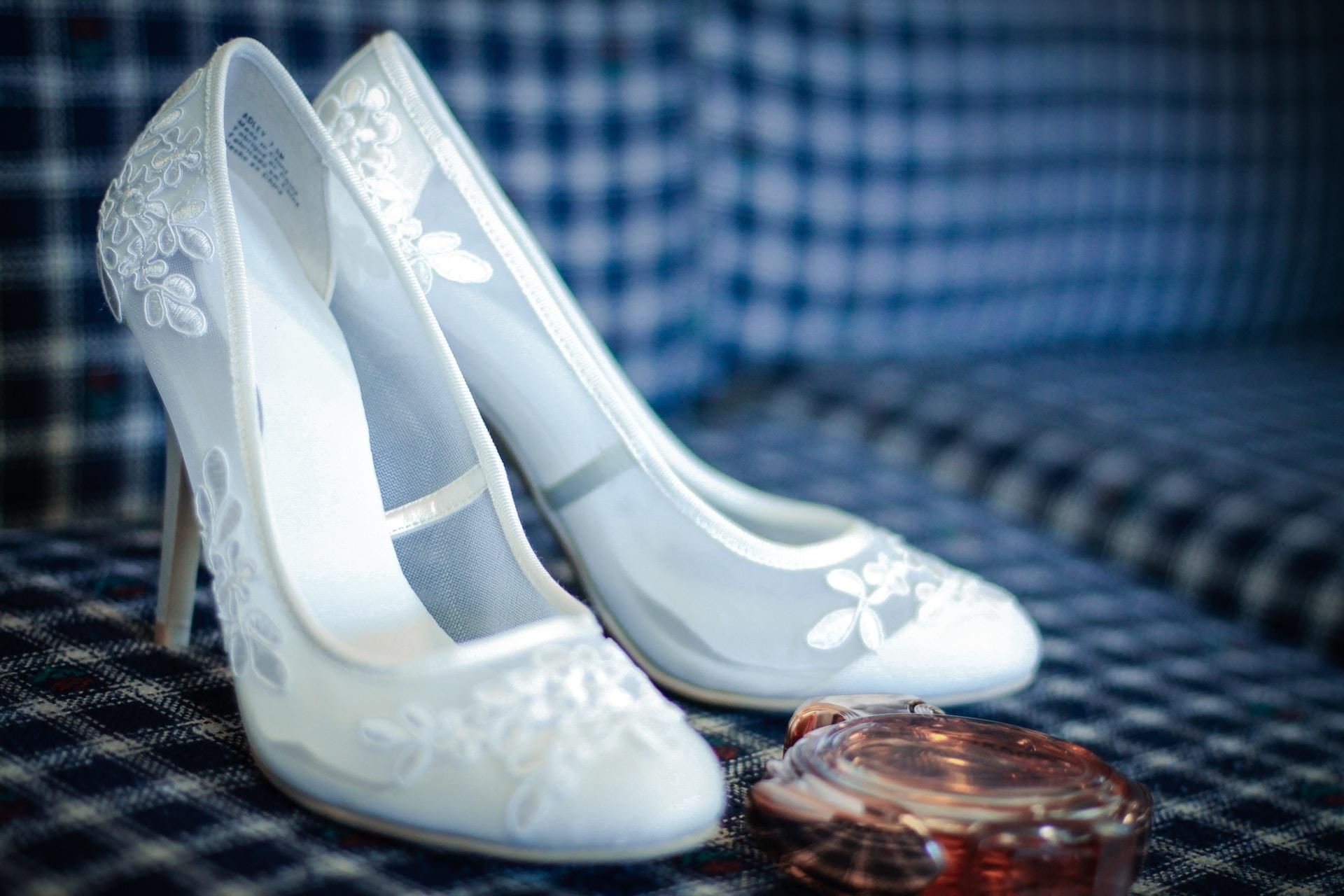 νυφικά παπούτσια