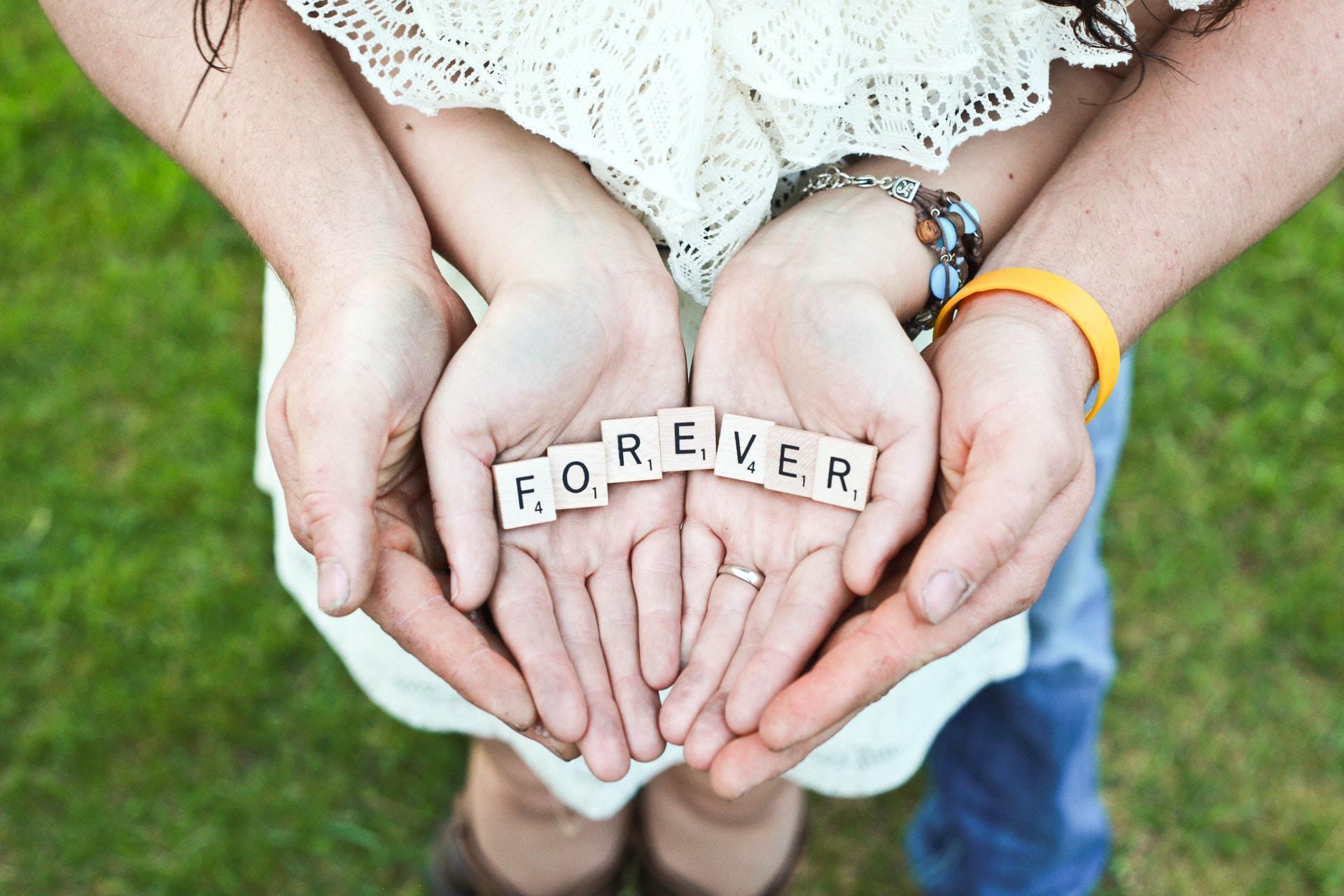 Πόσο μας επηρεάζουν οι σχέσεις του παρελθόντος;