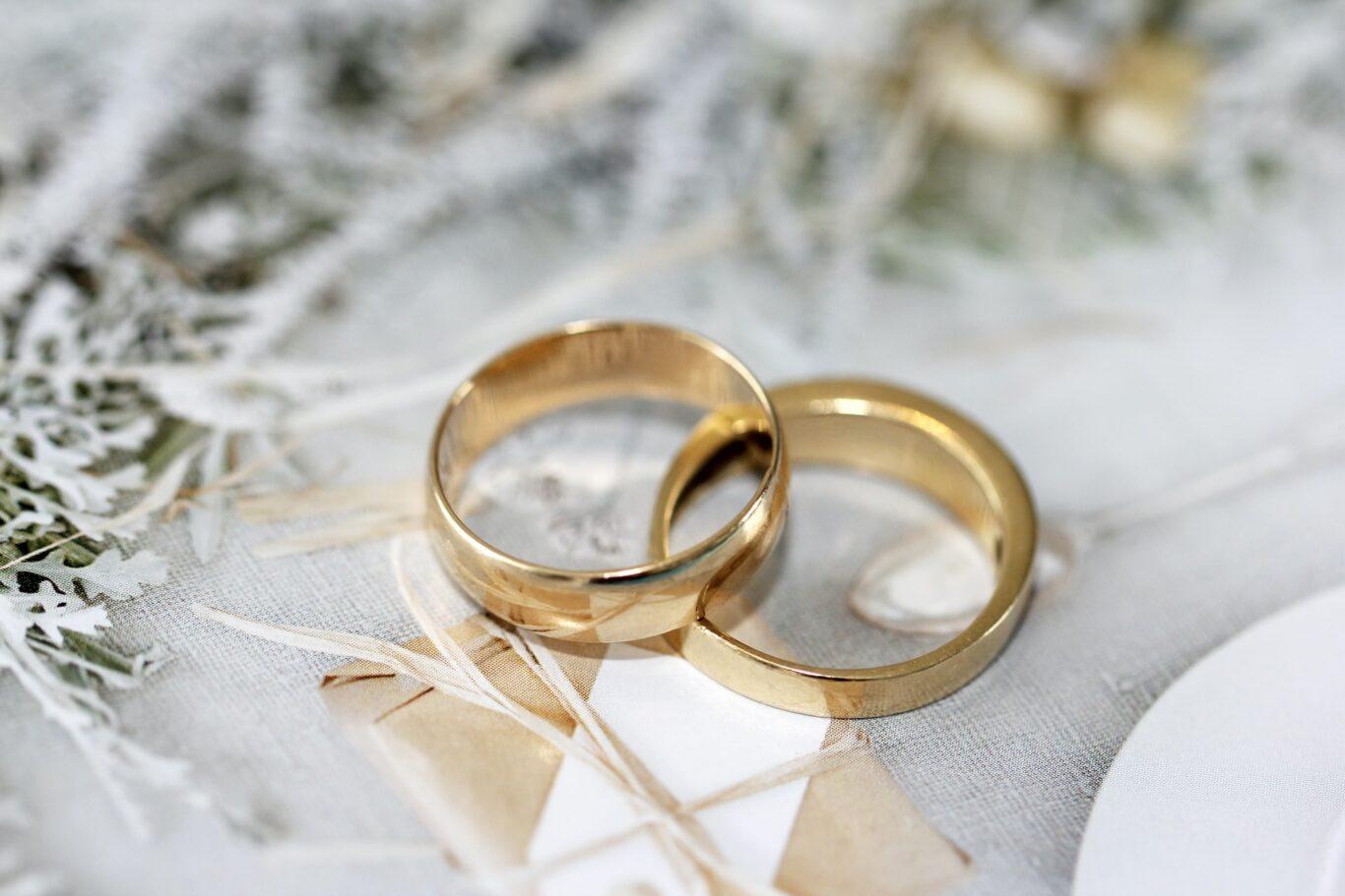 τι συμβολίζουν οι βέρες γάμου