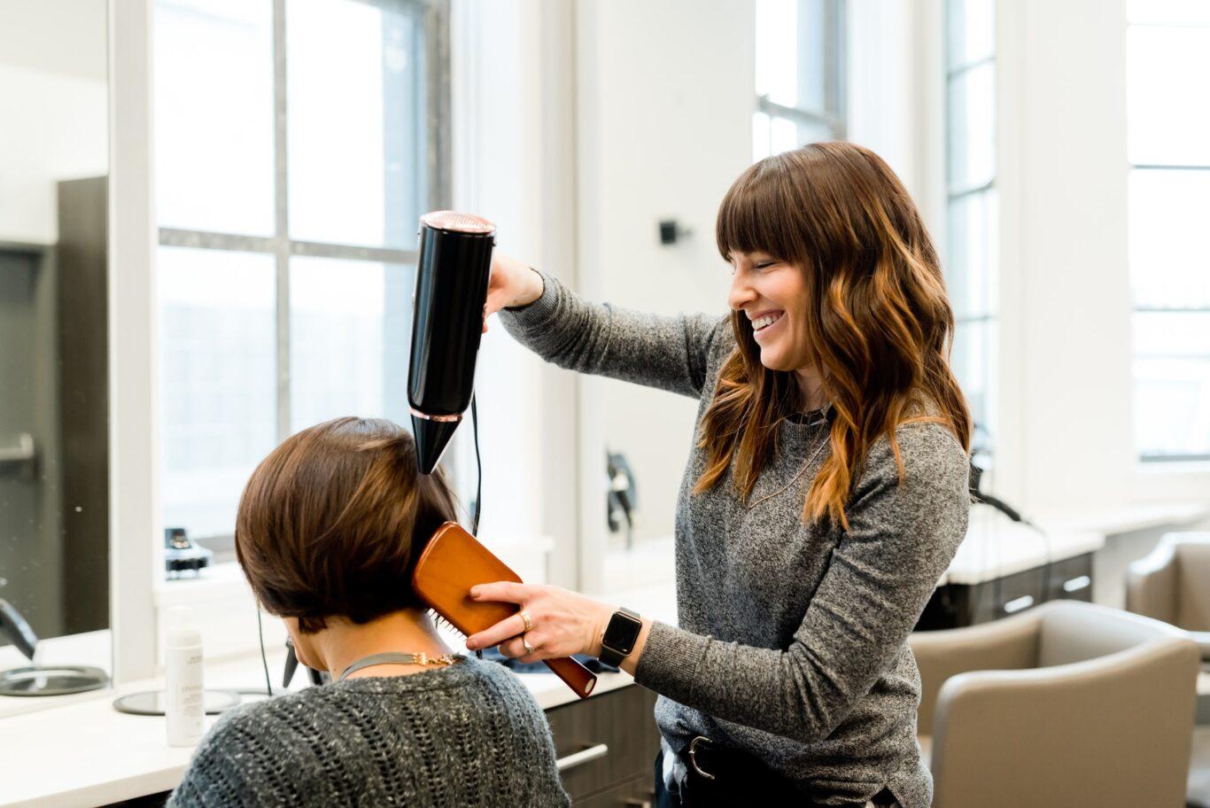 ο hairstylist σας