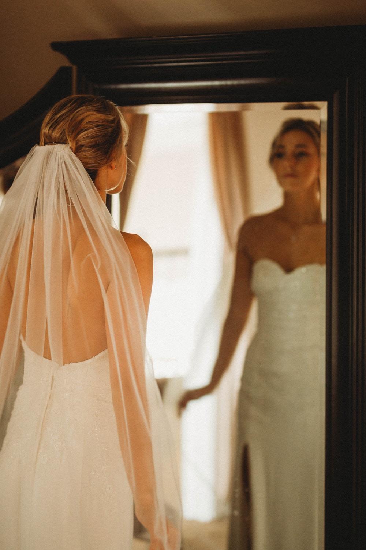 Η πρώτη πρόβα νυφικού και όσα πρέπει να γνωρίζει η νύφη